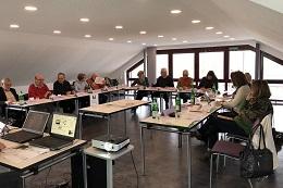 Die Teilnehmer des Seminars waren überrascht, was mit ihrem Personalausweis in der digitalen Welt bereits alles möglich ist. Hieraus ergab sich ein intensiver Dialog aller Beteiligten.