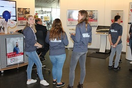 Die Auszubildenden und der Informationsbereich wurden für die Wissensvermittlung bestens vorbereitet (Foto: buergerservice.org).