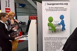 grosses Interesse am Stand von buergerervice.org (Bild: buergerservice.org).