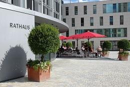 """Vorschaufoto zu dem Artikel: """"Offizielles einfach erledigen"""" - in Ingolstadt betreiben Azubis aktives E-Government"""