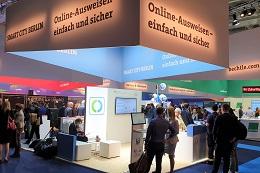 Der Messestand zur Online-Ausweisfunktion auf der Smart Country Convention 2019 in Berlin dient als Vorlage für geplante Digital Service Points in der Fläche (Foto: buergerservice.org).